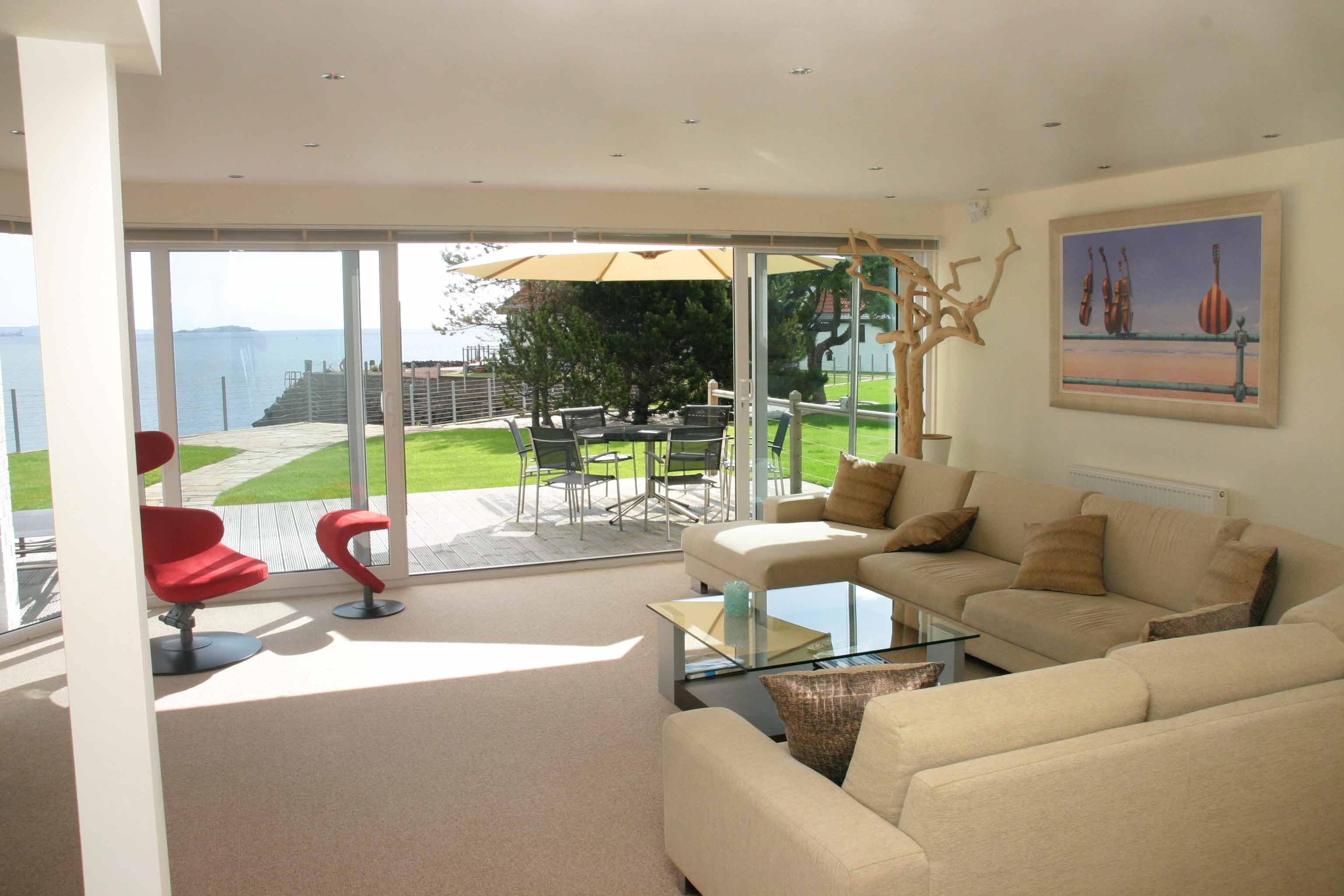 Double Glazing California, Falkirk