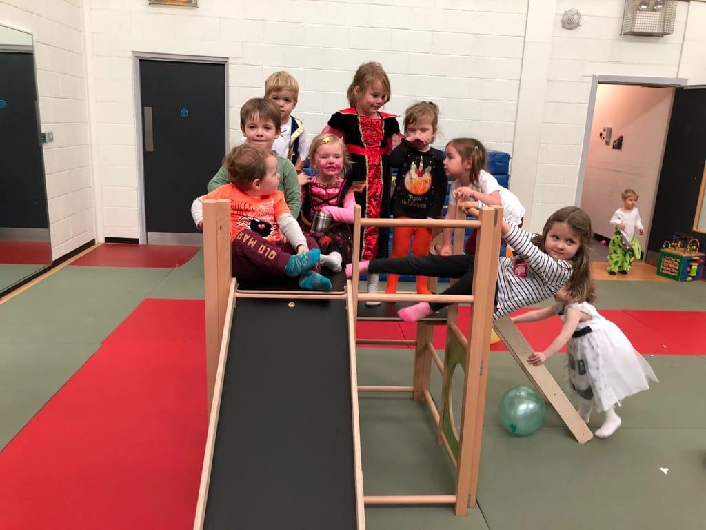 SRJ Donation to Duloch toddler group